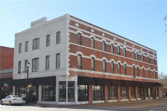 jackson st commercial building for rent in alexandria, la
