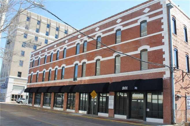 jackson street office for rent in downtown alexandria, la